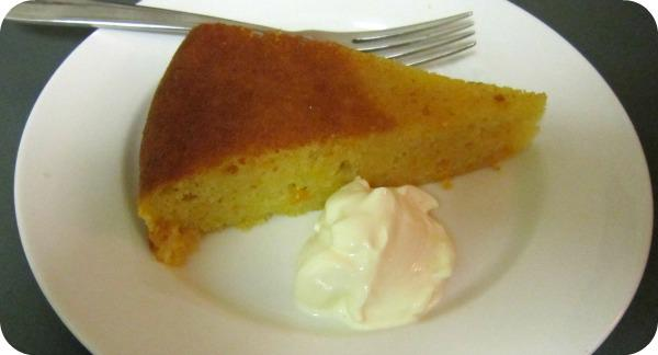 Mandarine and Almond Cake with Cinnamon Syrup